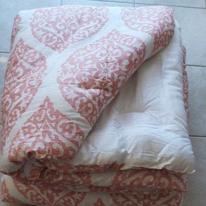 Comforter/Duvet - Pink/White-Used once for Staging